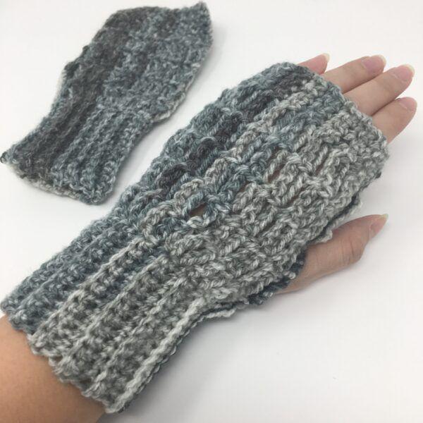 Cozy Fingerless Mittens AGC-1002