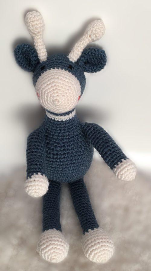 Blue giraffe crochet